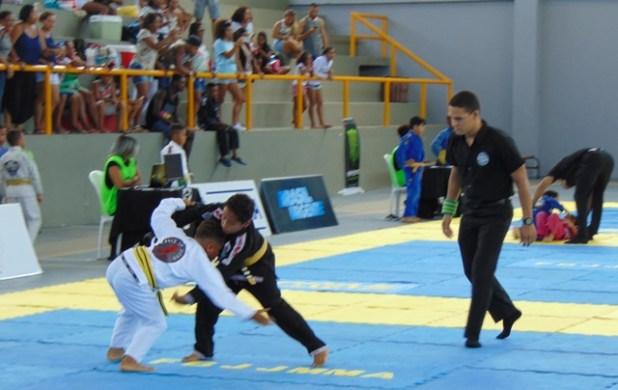 Madre-de-Deus-sediou-o-REI-DO-TATAME-de-Jiu-Jitsu-18 Madre de Deus sediou o REI DO TATAME de Jiu-Jitsu