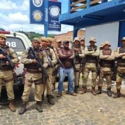 Operação integrada da 60ª CIPM/BA resulta na apreensão de arma e detenções