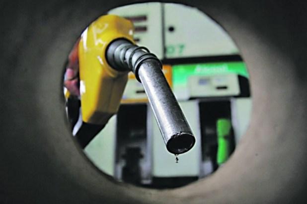 Petrobras-volta-a-aumentar-o-pre%C3%A7o-da-gasolina-nas-refinarias-ap%C3%B3s-18-dias Petrobras volta a aumentar o preço da gasolina nas refinarias após 18 dias