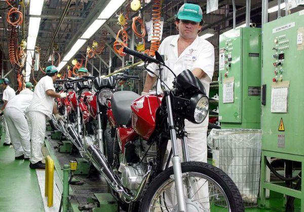De-mar%C3%A7o-para-abril-produ%C3%A7%C3%A3o-industrial-baiana-cresceu-74 De março para abril, produção industrial baiana cresceu 7,4%