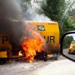 Suspeitos explodem carro-forte na região de Jacobina