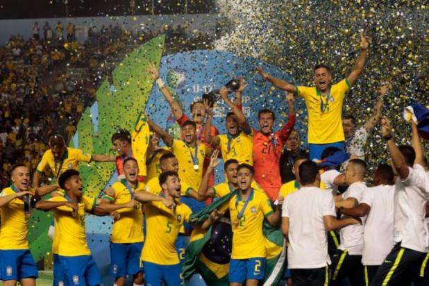 Brasil-bate-o-M%C3%A9xico-e-conquista-Mundial-Sub-17-pela-quarta-vez Brasil bate o México e conquista Mundial Sub-17 pela quarta vez