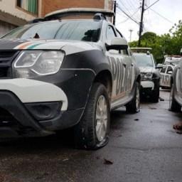 Batalhões são invadidos e viaturas são roubadas em protestos no Ceará