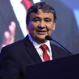 Governador do Piauí diz que aceita desafio de zerar ICMS sobre o combustível