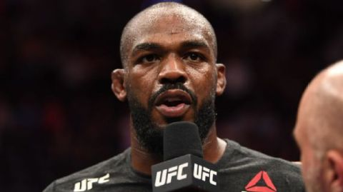 Jon Jones celebra derrota de Corey Anderson no UFC: 'Sentiu o gosto da torta de humildade'