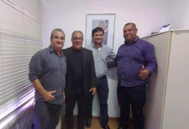 Prefeito-de-Pira%C3%AD-do-Norte-se-re%C3%BAne-com-diretor-geral-da-CAR-1 Prefeito de Piraí do Norte se reúne com diretor-geral da CAR