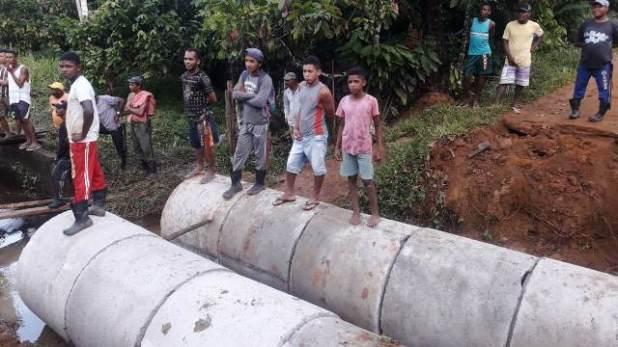 Prefeitura-restaura-mais-uma-ponte-na-zona-rural-de-Pira%C3%AD-do-Norte-1 Prefeitura recupera mais uma ponte na zona rural de Piraí do Norte