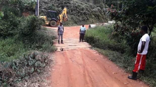 Prefeitura-restaura-mais-uma-ponte-na-zona-rural-de-Pira%C3%AD-do-Norte Prefeitura recupera mais uma ponte na zona rural de Piraí do Norte