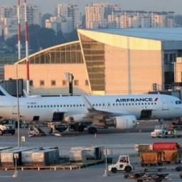 Cancelamentos em série por coronavírus abalam transporte aéreo