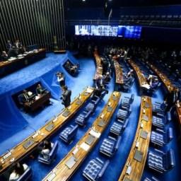 Senado aprova benefício de até R$ 1,2 mil a autônomos e informais
