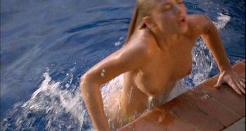 ジェイミー・プレスリー(Jaime Pressly)のセクシーを超えたエロい画像です。