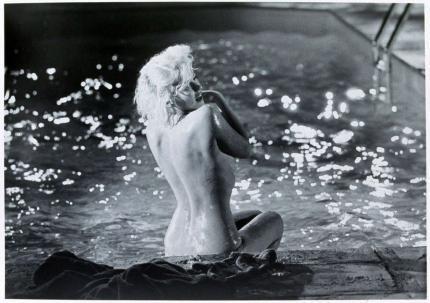 20世紀を代表するセックスシンボル、マリリン・モンロー(Marilyn Monroe)のセクシーシーン!