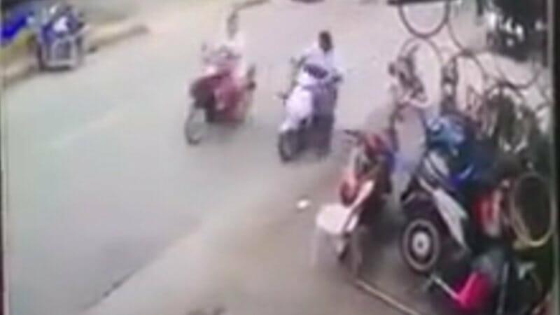 〇〇アウト~~! これが本当のタイキック! タイで顔面を蹴られた女性が強すぎる!