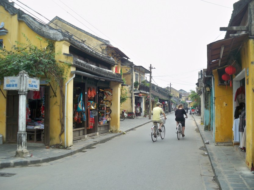 Streets of Hoi An 015