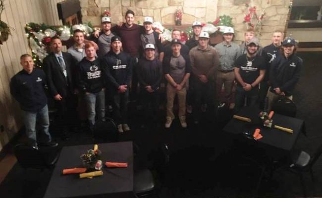 Baseball Team Volunteers With Toys For Tots Gantnews