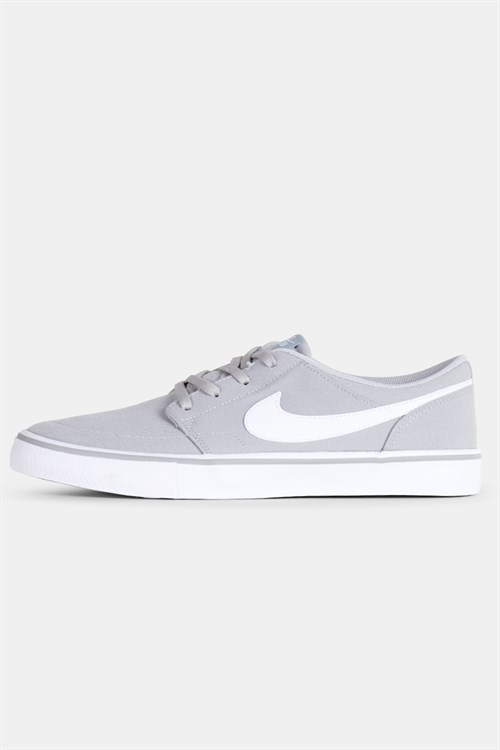 NIKE SB CHARGE SOLAR SHOES WHITEBLACK WHITE GUM LT BROWN