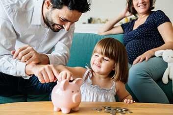 Kind spart Geld