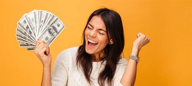 Blog Beitrag zu Geld und Achtsamkeit Header Bild