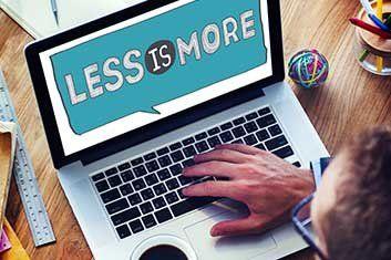 Zeigt weniger ist mehr im Laptop