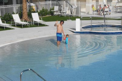 Was spricht dagegen, auch so ganz ohne Babyschwimmkurs in Schwimmbad zu gehen?