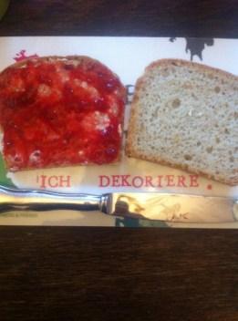 Brotbacken, Dinkelbrot, Hefeteig, Marmeladenbrot