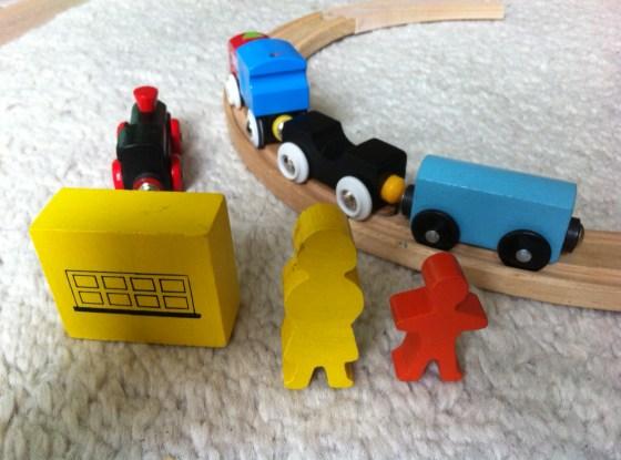 Bahnfahren, Holzeisenbahn, zugfahren mit Kindern