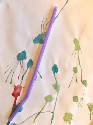 Strohhalmpusten Kreative Ideen für das Tuschen mit Wasserfarbe