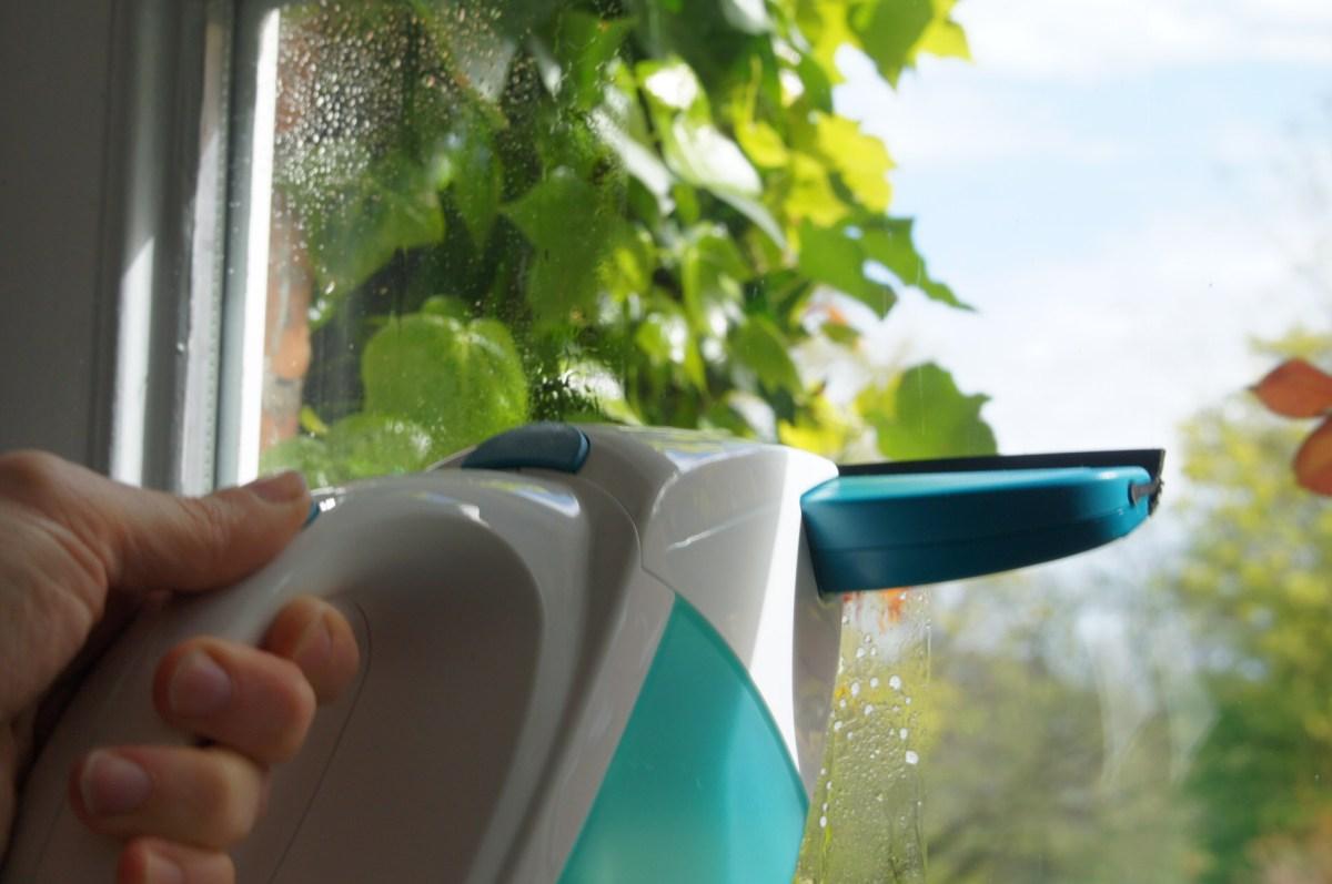 Erfahrungen mit dem Leifheit Fenstersauger: Fensterputzen leicht gemacht.