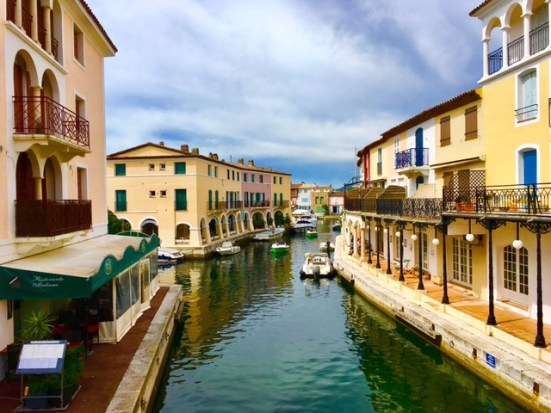 Reisen nach Port grimaud an der Cote d'Azur: Nicht weit von St Tropez entfernt und einen Ausflug wert.