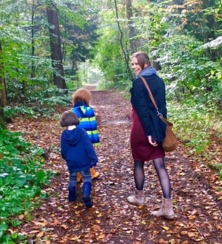 Buchtipp: Hörst du, wie die Bäume sprechen? Ein Sachbuch für Kinder zum Thema Wald, Bäume, und Tiere, auch ein gutes Kinderbuch als Geschenk für Weihnachten #kinderbuch #geschenkidee
