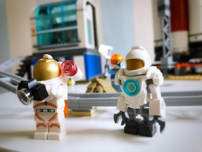 Werbung - mit Lego den Weltraum entdecken neue Raumfahrt Srtd für Kinder