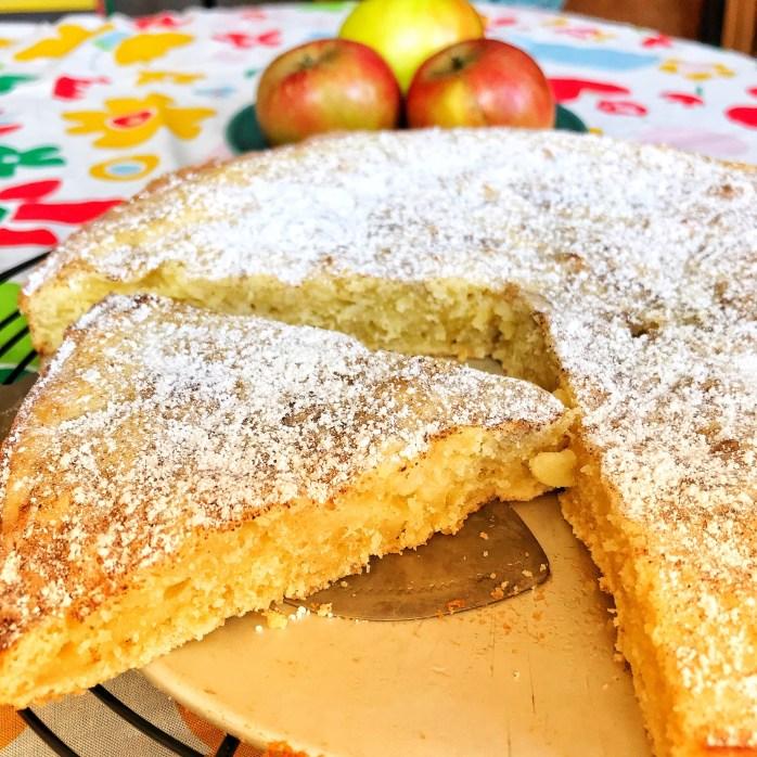 Apfelkladdkaka Apfelkuchen auf Schweden Art als Kladdkaka Variante