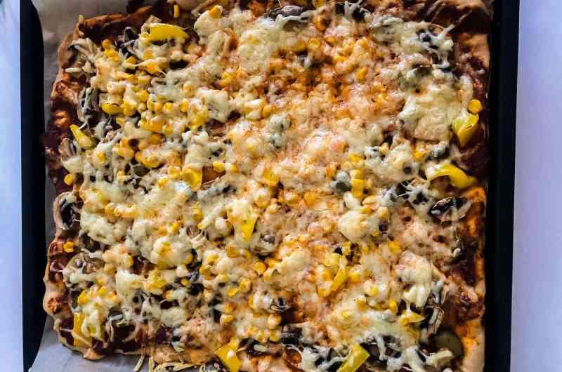 Wir backen: Leckere Pizza für Kinder
