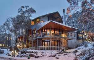 Falls Creek - Astra (Packages) -astra-alpine-resort-in-falls-creek-restaurant-chefs-0811-1024x659