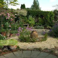 GAP Gardens - A circular themed gravel garden and patio ...