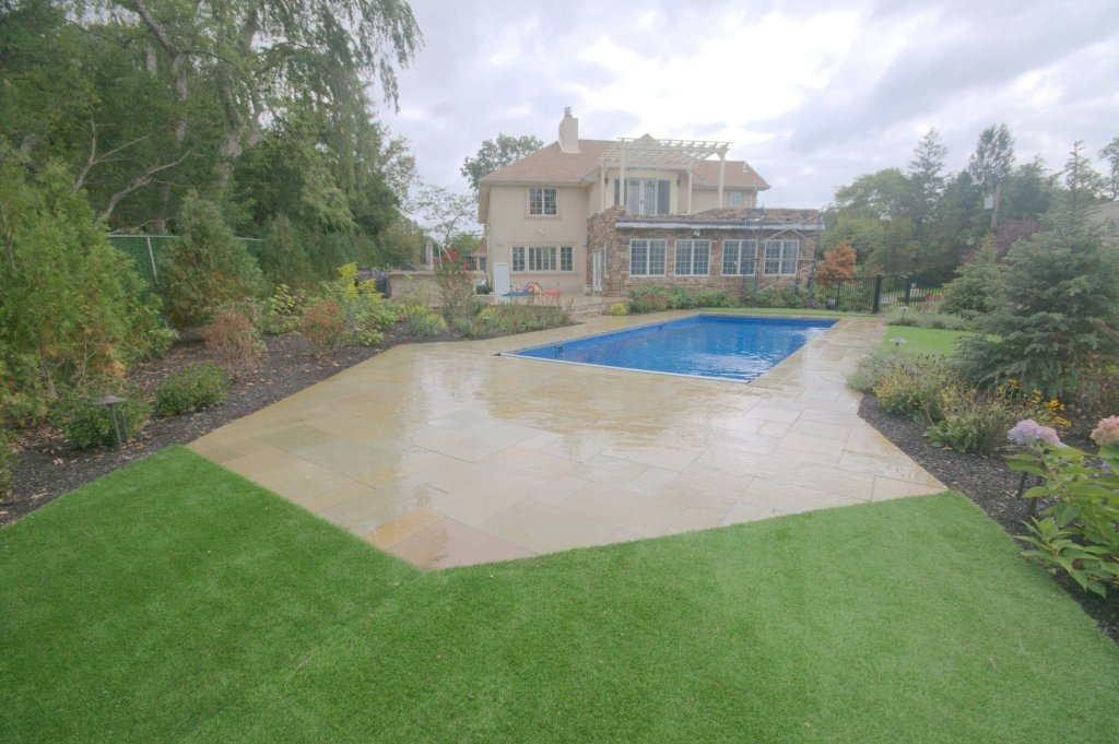 melfi-limestone-pool-pavers-installation-in-lawernce-ny-11559-by-gappsi