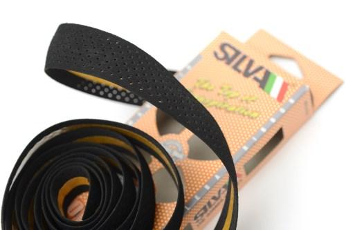 バーテープの軽量化「SILVAモルビダン・フォレロバリュールシリーズ」装着