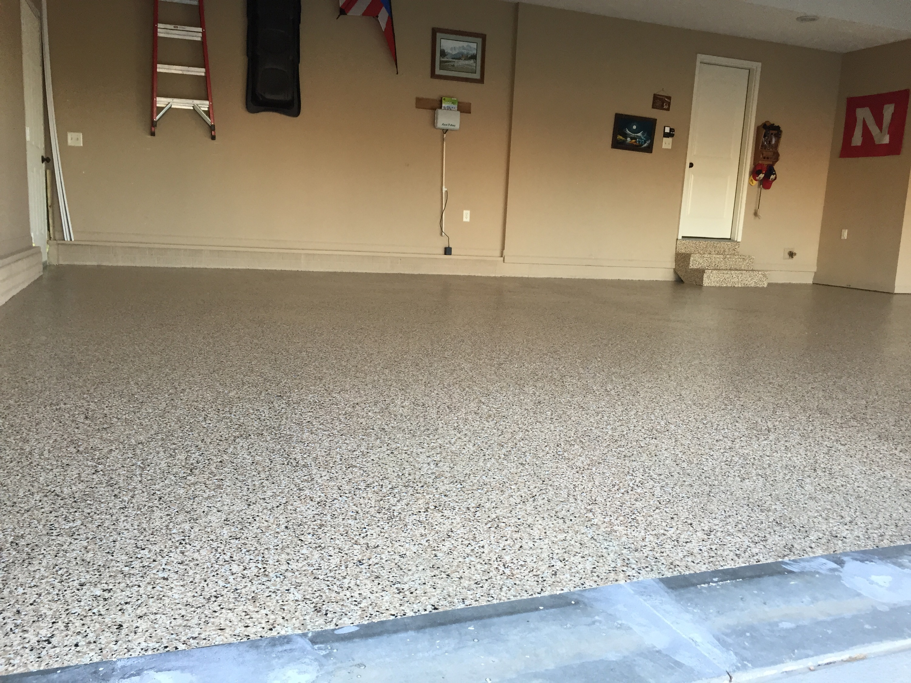 Epoxy Garage Floors that are beautiful and commercial