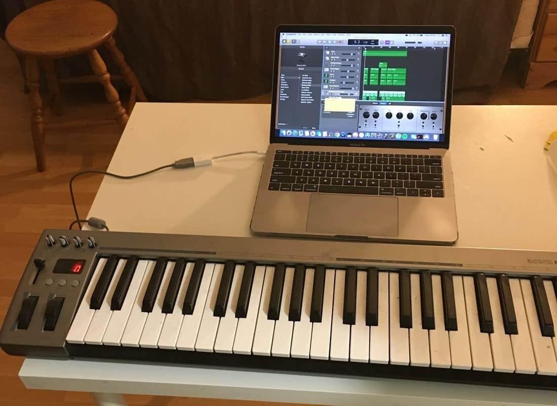 how to connect midi keyboard into garageband garageband professional. Black Bedroom Furniture Sets. Home Design Ideas