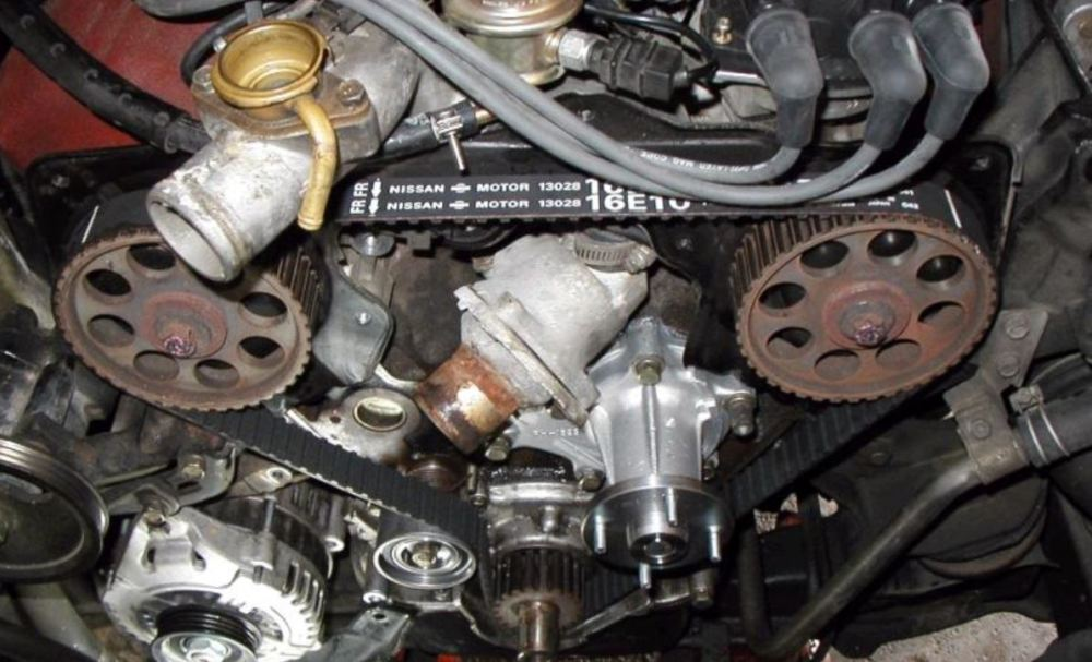 medium resolution of it is recommended that you replace the timing belt every 60 000 miles 100 000km or 6 years to be on the safe side some owners are known to replace it