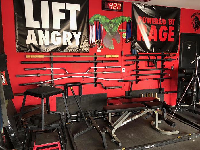 Castro Pain Cave 4 Garage Gym Lab