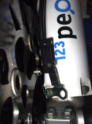 Trail-Tech 700-06 Geschwindigkeitssensor an Yamaha WR250R Supermoto