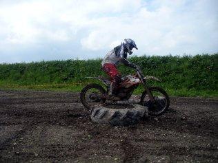 KTM Freeride: Traktorreifentest