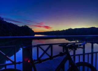 Abends auf der Innbrücke zwischen Braunau und Simbach