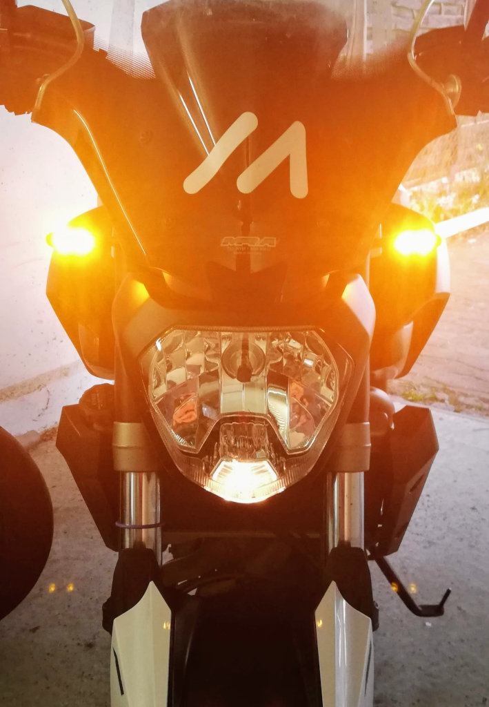 Yamaha MT-07 mit Kellermann Blinkern und Blinkrelais