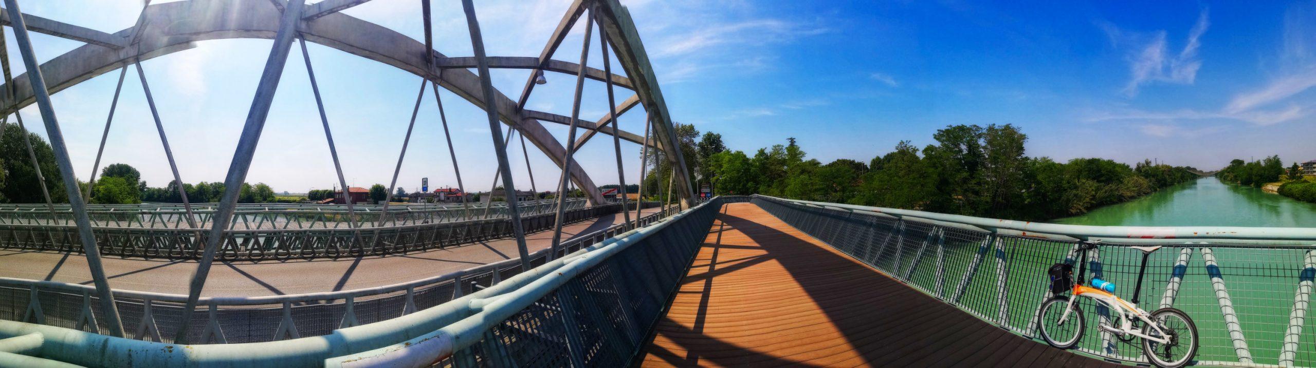 Caorle 2021 - Brückenpanorama Eraclea mit Klapprad