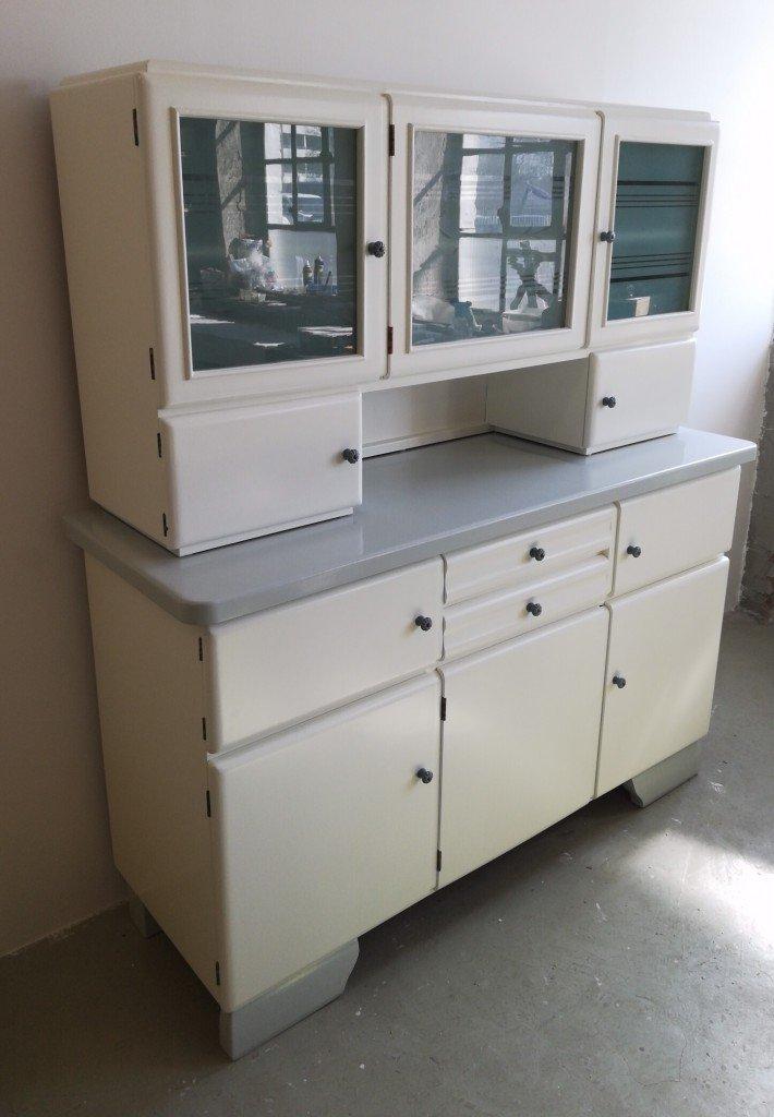 alter Küchenschrank. Küchenbuffet 50er Jahre - Garagenmoebel