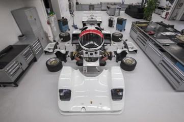 Der 962 C zerlegt in seine Komponenten. ©Porsche AG