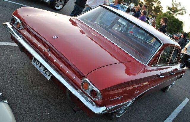 oldsmobile-f85-1961-03