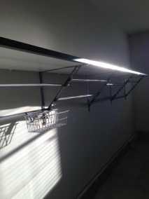 clean-garage-shelving